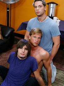 Dallas Reeves, Dempsey Stearns and Kevin Gotti Porn Videos
