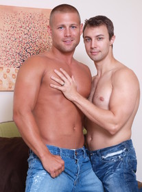 Bobby Clark & Devon Hunter Porn Videos