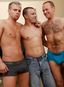 Cameron Marshall, Dareian Blue and Nikko Alexander Porn Videos