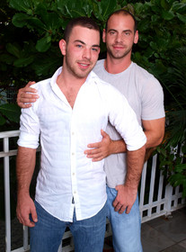 Girth Brooks and Parker Perry Porn Videos