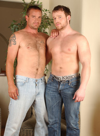 Johnny Donavan and Nash Lawler Porn Videos